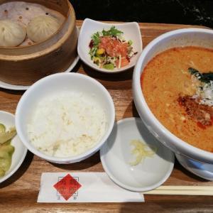 大阪北新地で味わえる本格的な小籠包「魏飯夷堂(ぎはんえびすどう)」