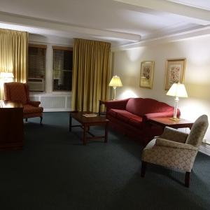 ソールズベリー・ホテル Salisbury Hotel ~スイートルームなのにリーズナブル~
