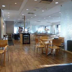 ロンドン・ヒースロー空港ターミナル3のカードラウンジ