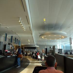 オランダ スキポール空港のカードラウンジ~ASPIRE~
