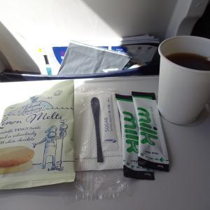 ブリティッシュ・エアウェイズ BA429便~スキポールからロンドン・ヒースロー空港へのフライトと機内サービス~
