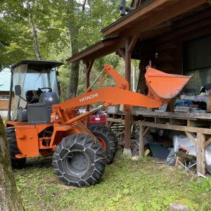 10/24(日)小屋で薪の移動と林道の補修。