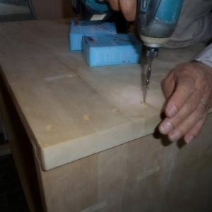 浴室の中でお風呂桶作成の工事当日