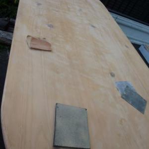 テーブルの天板削り終えました