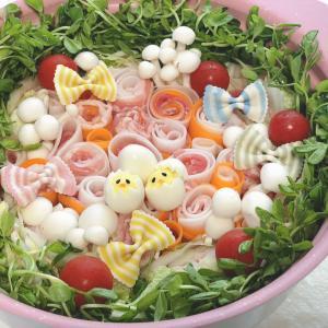 くるくるお野菜でめちゃかわ♡シャンタンdeお花畑鍋