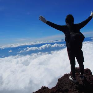 /^o^\ 富士山 下山途中に虹が…