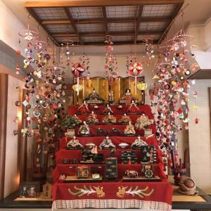 庶民は手作りの雛飾りで初節句を祝う…東伊豆町稲取