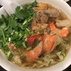 【ベトナム料理】ライスヌードルの『フォーとブン』