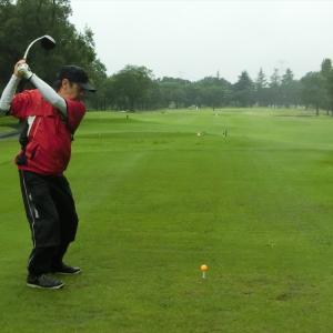 今週は、ドシャ降りの富貴ゴルフ倶楽部です。その3
