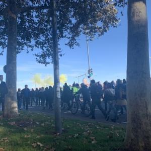 黄色いベスト運動1周年を迎えたことによるデモの過激化:フランスで実際にデモを目撃した感想