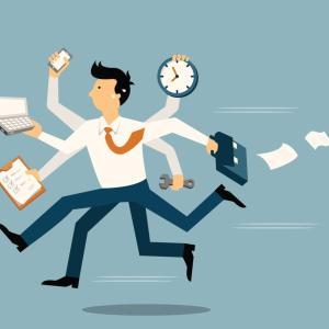 仕事量が不公平なのは退職するべき?仕事量がおかしい理由と対処法2つ