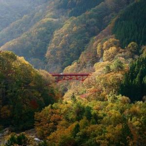 黄葉の松川渓谷 高井橋