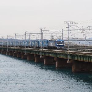 第3浜名橋梁の2052レ EF210-18   2020.2.20