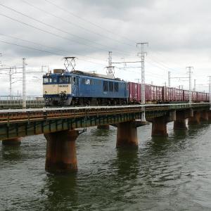 第1浜名橋梁の3075レ EF64-1025    2020-9-26