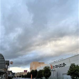 早朝より雨天・曇天