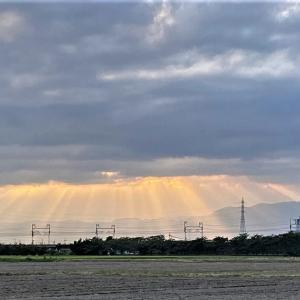 幸せを呼ぶ、天使のはしご・薄明光線