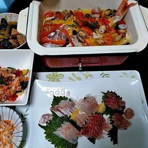 地元産イサキと真鯛のお刺身とBRUNOの鯛のアクアパッツァ♪♪・・・包丁のプレゼントは、刃物屋ドットコムにお任せ下さい!!