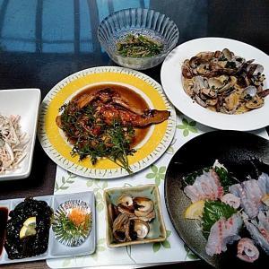 地元産石鯛のお刺身と鶏もも肉のローストとアサリのパスタ♪♪・・・包丁のプレゼントは、刃物屋ドットコムにお任せ下さい!!