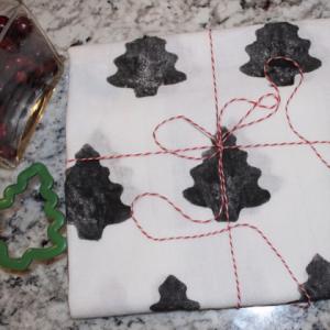 クリスマスの簡単プレゼント!芋版を使ったオリジナルキッチンタオルの作り方