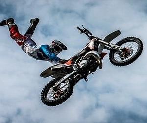 定番の夢「バイク」