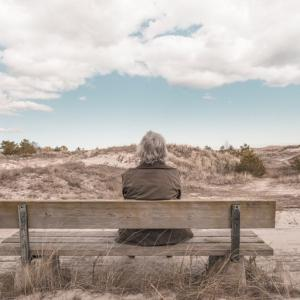 加齢と無意識の動作