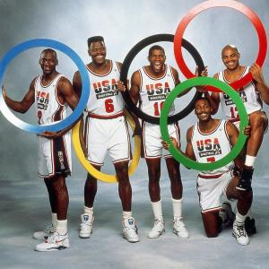 【NBA】マイケル・ジョーダンのサイン入りドリームチーム ユニフォームがオークションに