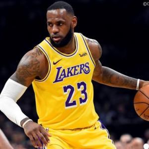 【NBA】レブロンジェームズ(35)とかいう未だに第一線におるおじさん