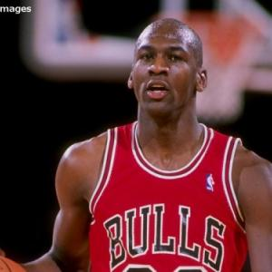 【NBA】マイケルジョーダン、NBA歴代最強架空ドラフトで3位になってしまう