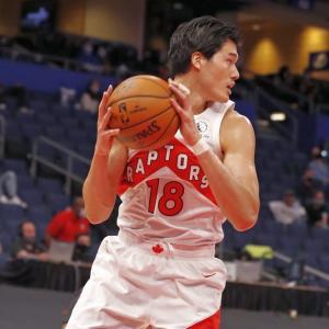 【NBA】ラプターズの渡邊雄太23分出場 キャリアハイの14得点5リバウンド ダンクと3P各2発