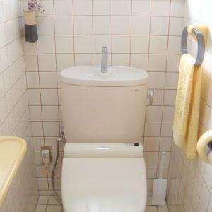 トイレは徹底して物を置かない。ここだけはミニマリスト