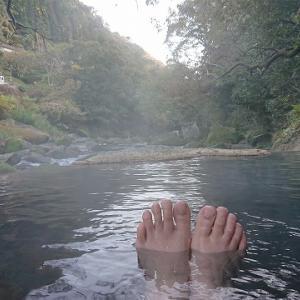 鹿児島県妙見温泉「石原荘」は源泉近くの浴槽で新鮮なお湯が楽しめる高級旅館