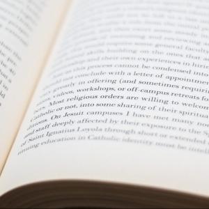 【オススメの本6選】独学でwebデザイナーになりたいあなたへ贈るオススメの本