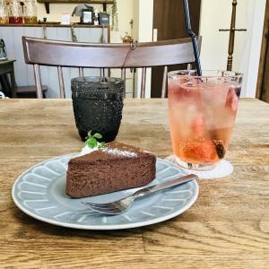 自家製フルーツビネガーがとっても美味しいカフェ PORTA