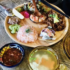 五戸町 本格すぎるメキシコ料理 VIVA_DA_VIDAさん と55キッチンのローストビーフ弁当