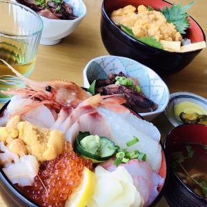 鮫の小舟渡 オーシャンフロントの老舗でウニ丼と海鮮丼