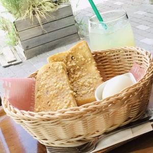 白山台 Vida cafeのアーモンドトースト
