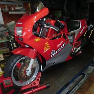 DUCATI (ドゥカティ) 750 F1 が車検・メンテナンスで入庫