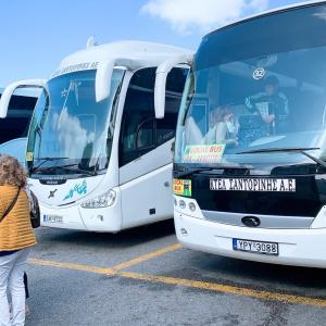 サントリーニ島での移動手段は何がある?サントリーニ空港からイアへの移動方法やバスの乗り方をご紹介!