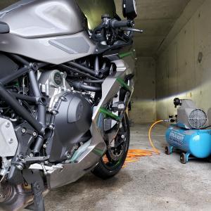 Ninja H2 SX SE+ タイヤ交換(2回目)