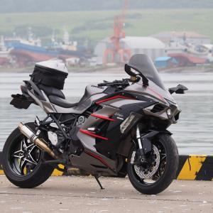 Ninja H2 SX SE+ 港散策