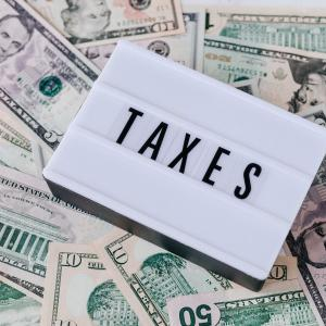 クルマと税金と経費の関係は?