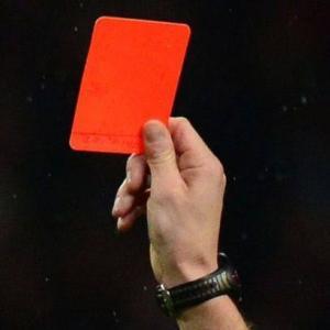 コロナ社会にもレッドカードを!処罰しなければならない者たち