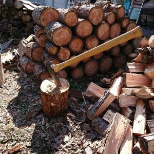 薪割りと冬支度