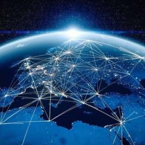 「東洋経済ニュース」>インターネット「海底の動脈」の知られざる全容 世界の枢要であり安全保障上のリスクをはらむ<