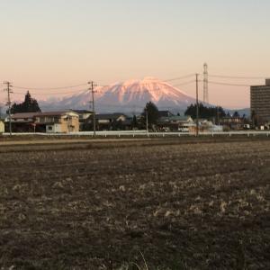 赤富士ならぬ赤岩手山