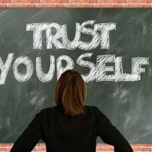 【脱!ネガティブ思考】自信を持つために肝心な克服法