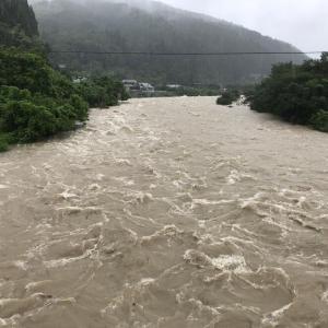 岐阜県付知川、最高水位が2.9m高にまで