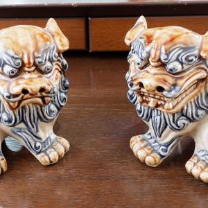 旅行の小物 沖縄のシーサーと香港の獅子を比べてみた