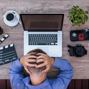 心身ともに疲れた 会社を辞めたい人の対処方法