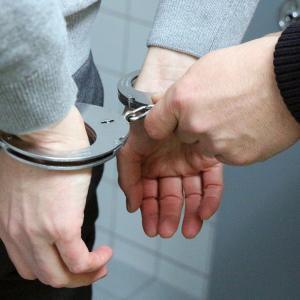 【悲報】31歳無職女性さん、家にWi-Fiつけてくれない母親を殺害しようとし逮捕される